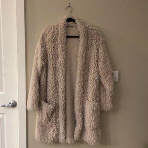 Zara cream faux fur shaggy coat size medium
